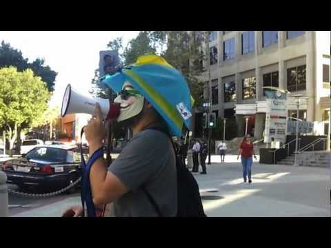 POLICE2OCCUPYTHEBANKS #OSJ 20120727 mp4 9