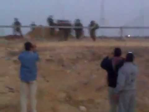 Full Footage of israeli soldiers shooting those armed with cellphones