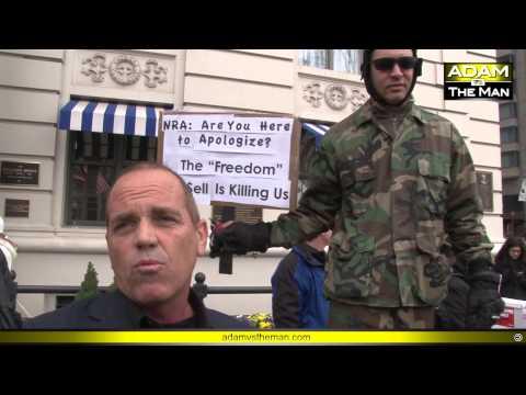 Independent journalist assaulted at anti-gun rally