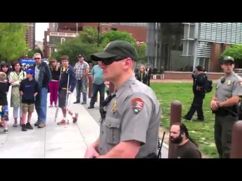 """Couple arrested at Liberty Bell by park police for handing out """"End The Fed"""" pamphlets"""