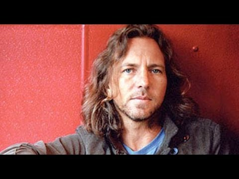 ALEX JONES Vs EDDIE VEDDER From PEARL JAM: On GUN Ban, GUN CONTROL & Gun OWNERS
