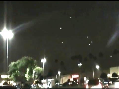 Breaking News UFO Sightings Massive UFO Fleet Over LA? November 16 2013 Watch Now!