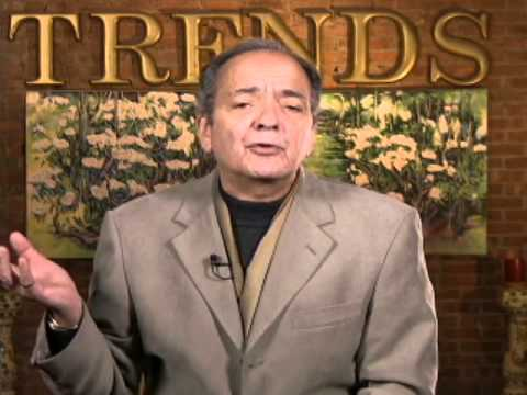 Gerald Celente's 2014 Predictions War, Financial Crisis in Q2 & Gold Prices Going Up