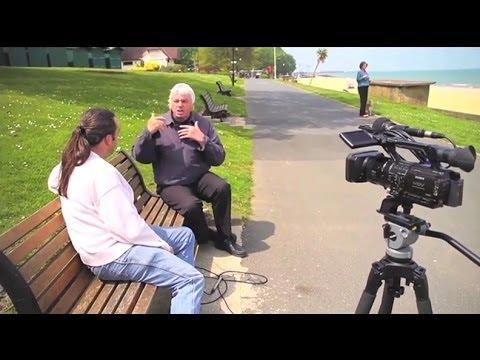 Navigating the Matrix - Patrick Henningsen Interviews David Icke (Full Length) HD