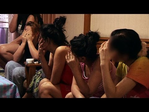ISIS Sex-Slave Raping & Selling Girls (Full Documentary)