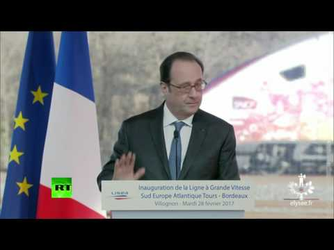 Moment police sniper fires shots during Hollande speech. Zero f... French baguettes were given