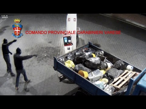 Multicult Strikes in Italy - VARESE: BANDA DI ROM DISTRUGGE SELF SERVICE CARBURANTI