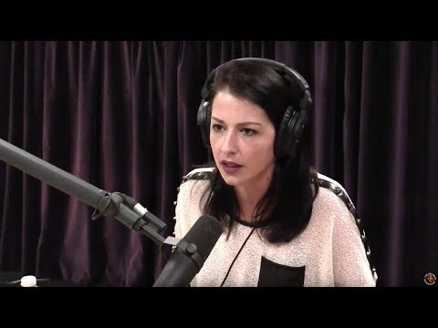 Abby Martin & Joe Rogan on Israel's Massacre at Gaza Border