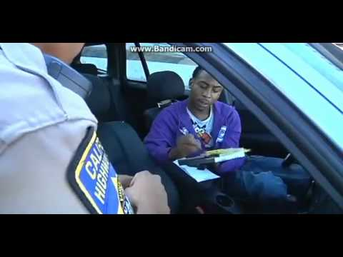 Gay Guy Goes Off ON Police Because Of A Ticket !!