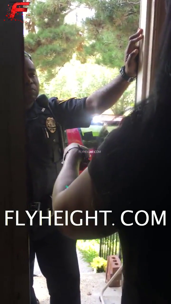 Police Get Called After Woman Kicks Her Daughter Out For Being A Thot!