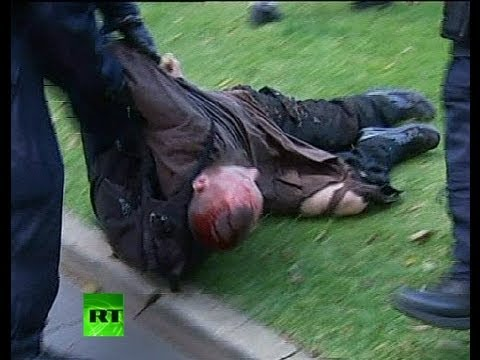Graphic video: Australia Muslim protest turns violent, police dog bites man