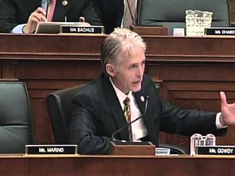 Gowdy Questions FBI Director Mueller about James Rosen and Benghazi