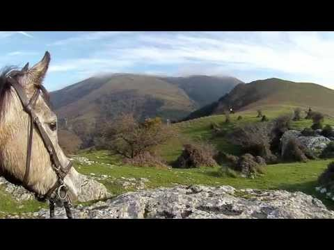 GOTTA GO. OFF ROAD HORSEBACK ADVENTURE IN BASQUE COUNTRY MOUNTAINS