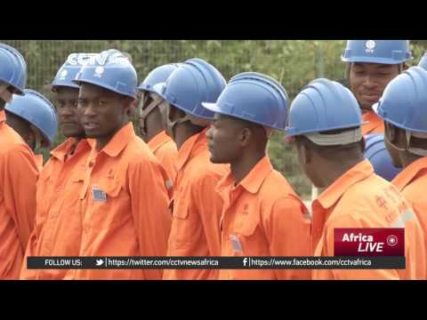 Chinese firms play key role in rebuilding Angola...
