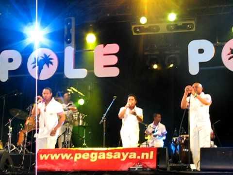 Orquesta Pegasaya - La vida es un Carnaval.avi