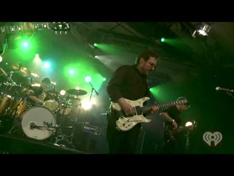 Blue Oyster Cult - Godzilla (Live 2012) HD