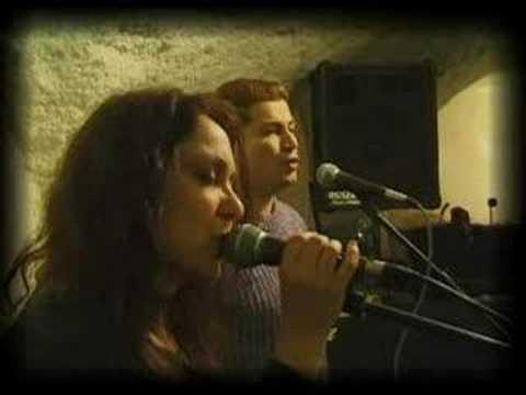 """Gal Tamir & Lilia - """"Muchacha ojos de papel"""""""