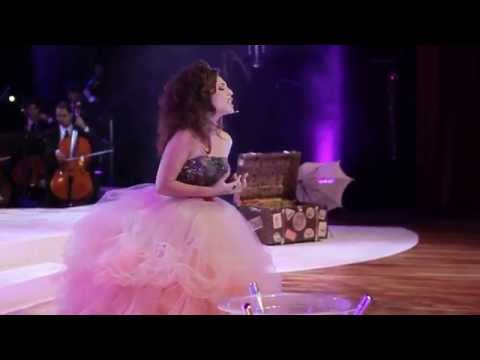 Carmen Monarcha - La Vie En Rose