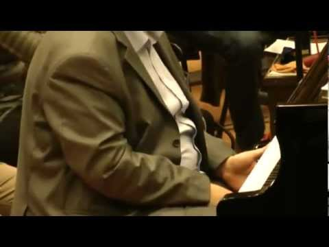 Robert Lakatos plays Mozart Piano Concerto No. 20 in D minor, .K. 466 - Allegro