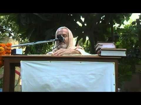 Mahanidhi Swami - Siddha Pranali Diksa - Radha Kunda - Kartik 2009