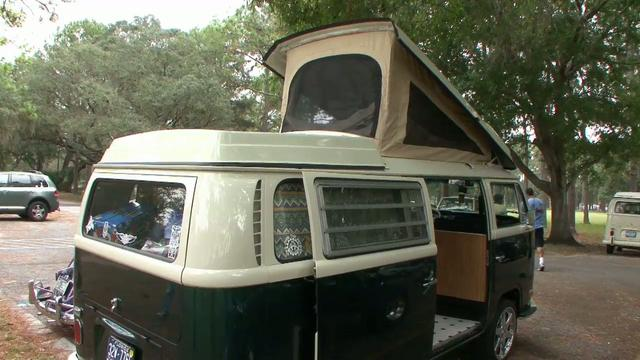 Jim & Erin's 71 Camper Bus