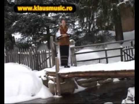 Mirela Manescu Felea  - Din cer coboara sfint colind