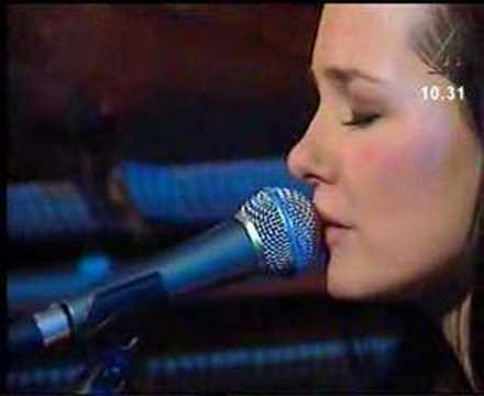Sophie Zelmani - Stay With My Heart  (live@tv4 morgon)