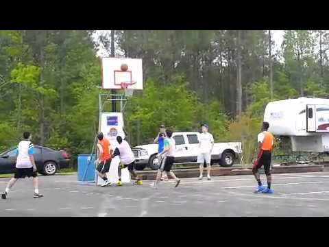 """""""Gastonia Thunder"""" in National Hoops Tournament"""