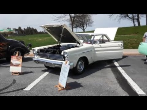A Walk About A 1965 Mercury Comet Cyclone