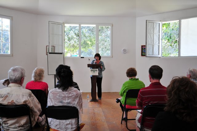 Yours truly speaking at the Puerto Vallarta Mango Library