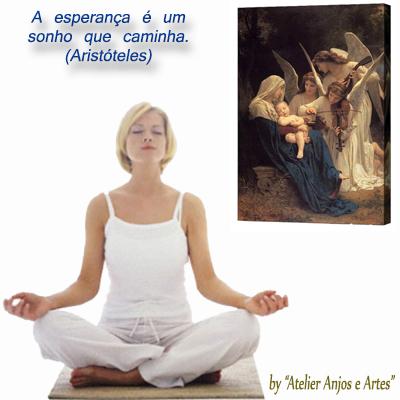 Meditando com tela de Anjos cantando para Maria e o menino Jesus