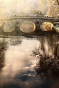 Amanhecer de inverno - ponte de Clare College, Universidade de Cambridge, Cambridge, Reino Unido, construída em 1639 de: James