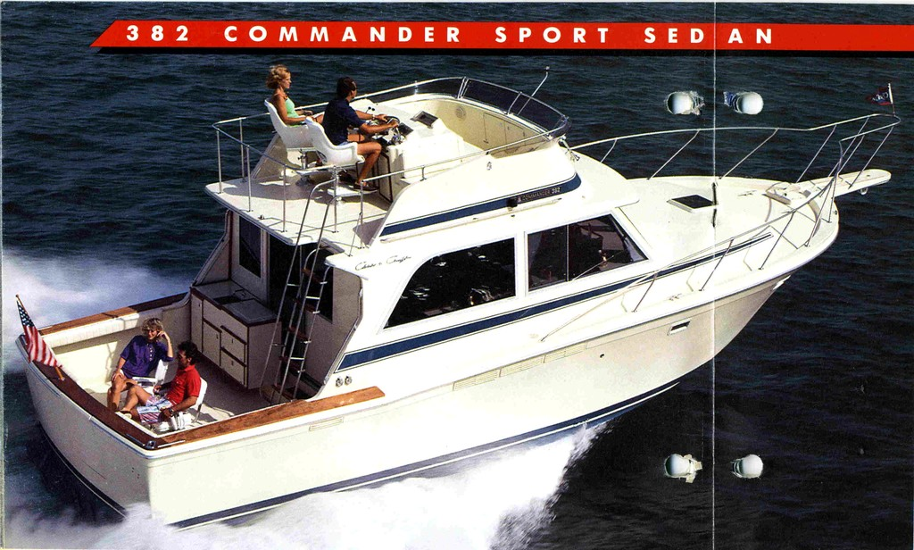 382 Commander / 392 Commander - Chris Craft Commander Club