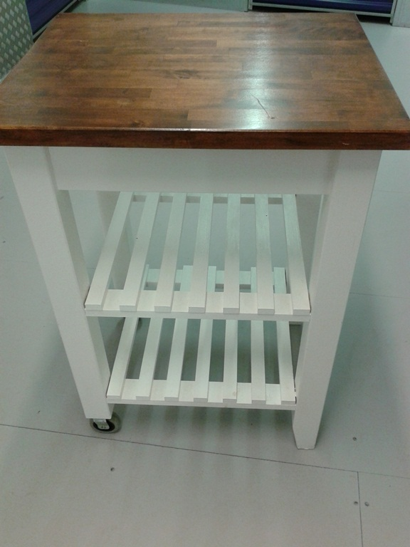 For Sale Sofa Dining Table Amp Chairs Kitchen Trolley