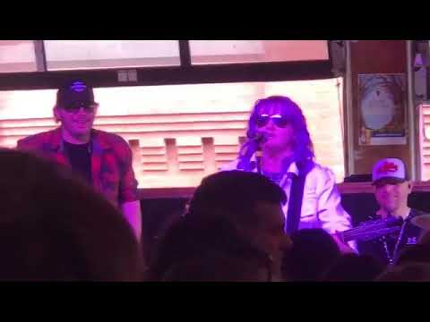 A Great Time At World Famous Tootsie's in Nashville-Ruby Leigh Pearson-March 30, 2019