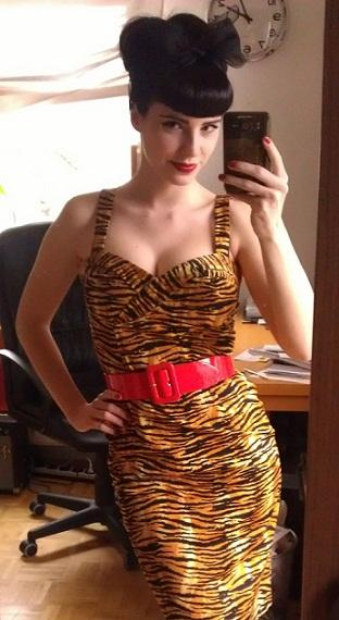 Vamp Dress Tiger Print