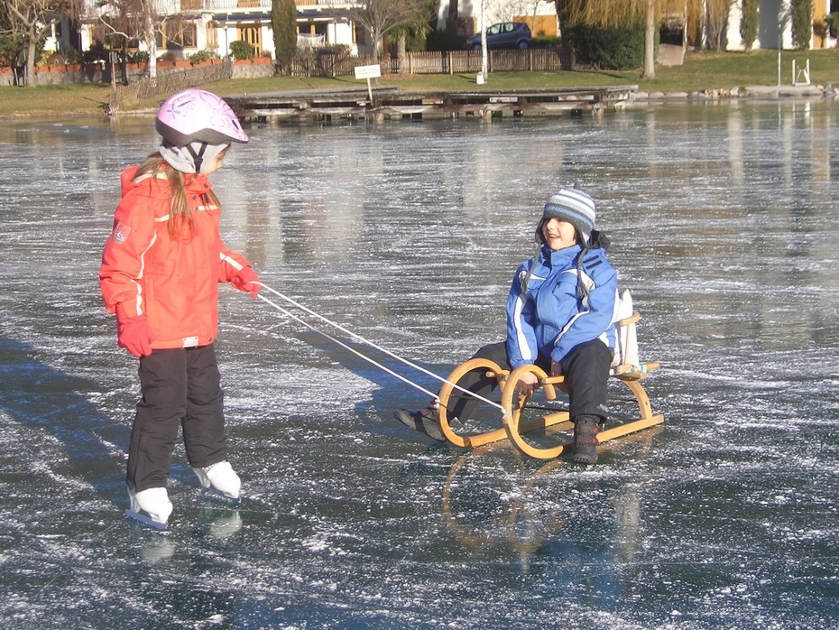The frozen lake of Kaltern