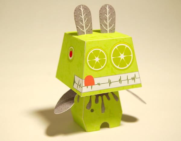 mucho robot •by oscar diaz x pepetz