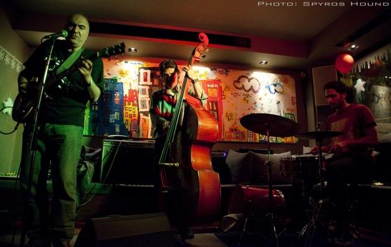Blues Revenge trio, Live at City bar