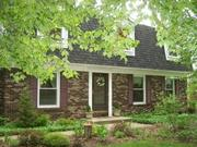 A Cosy Dutch Colonial for Sale in Plymouth, IN