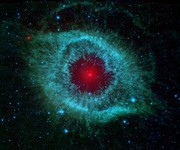 Dust-and-the-Helix-Nebula