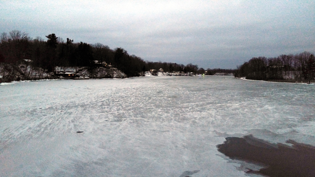 20160101.1738_HDR -WIXOM LAKE -FIRST ICE