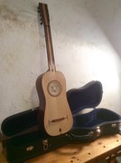 Finished Catalan guitar