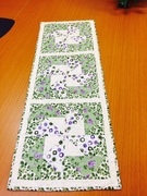 Marie's Dutchman puzzle table runner