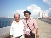 En el Malecón con César toro