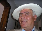 24 PACO, se prepara para ir a los toros en Quito