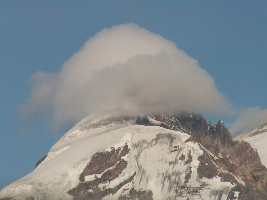 Clouds over Mt Rainier