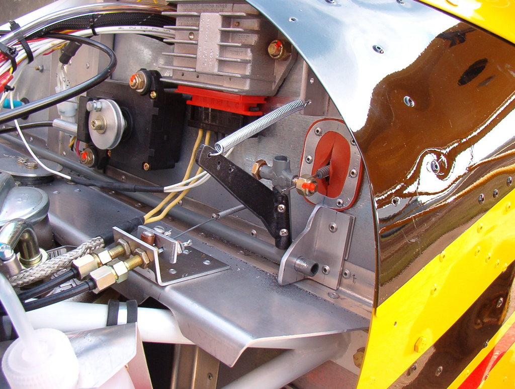 Dual throttle control for Rotax engines - Zenith Aircraft