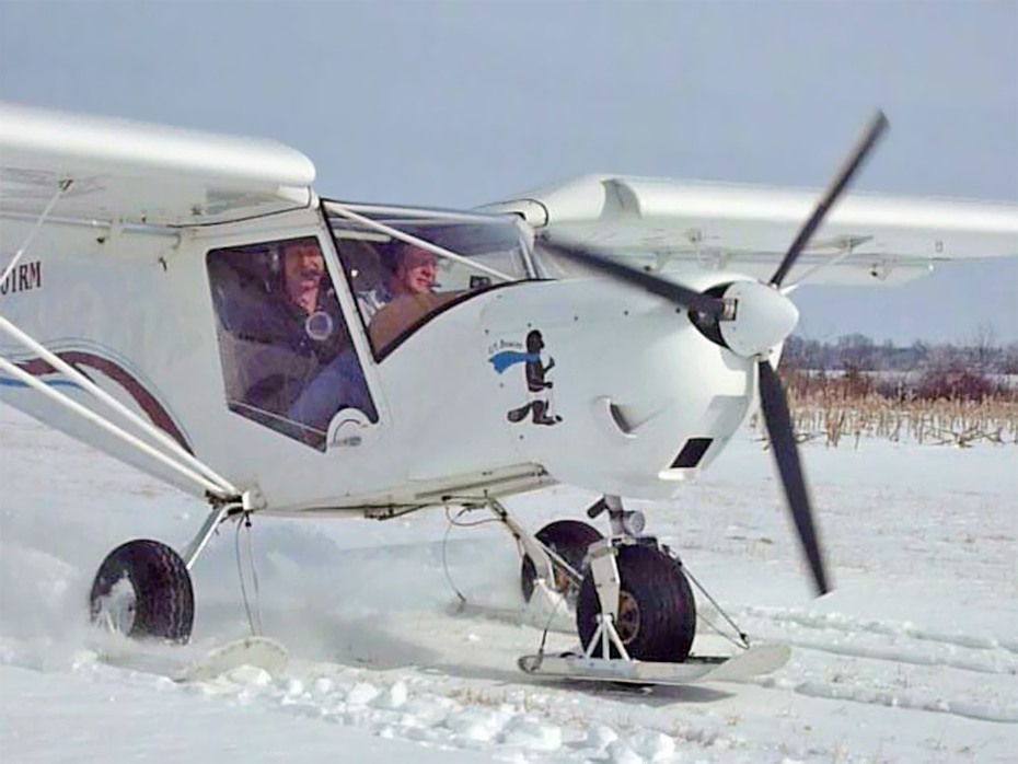 STOL flying with wheel skis