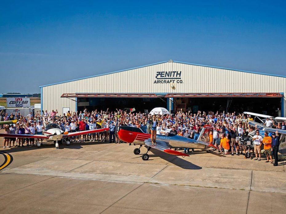 Zenith Aircraft 2016 Open Hangar Days - Group Photo